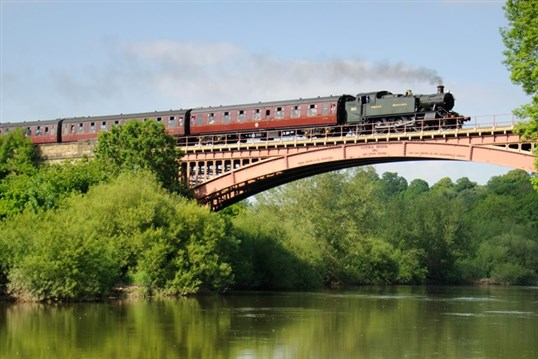 The Heart of England - Boats & Trains