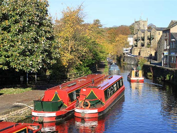 Barging around the Pennines